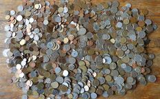 World – batch of various coins (approx. 2000 pieces).