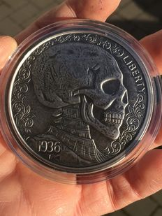 USA - 5 oz - 999 fine silver / silver - skulls & scrolls - Hobo nickel series 1936 - silver antique finish