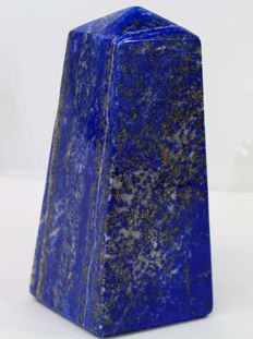 Fine quality Royal Blue Lapis Lazuli obelisk - 117 x 50 x 50mm - 661gm