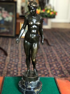 Prof. Mathias Bechtold (1886-1940) - well cast patinated bronze figure of Eve - early 20th century