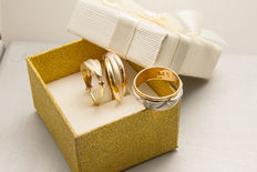 14k 3 tone gold earrings and ring - 9.85 grams