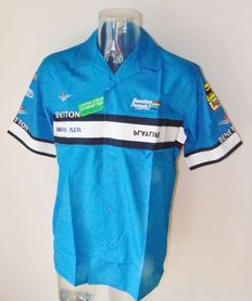 Benetton Renault F1 Team Shirt - Team Only !!