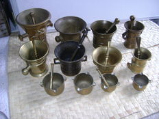Collection of 12 copper/bronze mortars and pestle, 19th / early 20th century