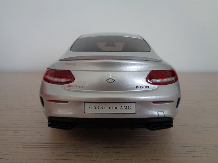 GT Spirit   Scale 1/18   Mercedes Benz C63 S AMG Coupe W205 Silver 2016