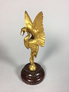 Common crane - bronze sculpture on marble base - France - around 1900