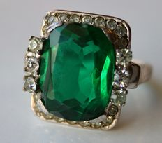 Handcrafted 925 solid Silver ring with approx 15,6x10,5mm large green Tourmaline color and colourless stones from around 1920