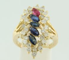14 kt yellow gold ring set with ruby, sapphire and 30 brilliant cut diamonds.