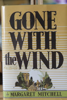 Margaret Mitchell - Gone With The Wind - 1937