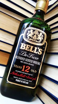 Bell's De Luxe Blended Scotch Whisky - 12 Years Old - Very Old Bottling