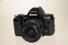 Nikon F-801 with AF Nikkor 35-70 / 1:3.3-4.5 lens and SB-20 flash