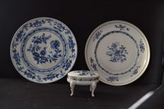 Vista Alegre porcelain - 2 plates  mid 20th century and jeweler box