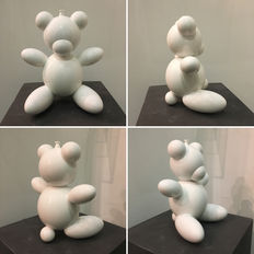 Andrea Giorgi - white Bear Balloon