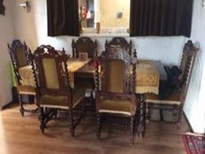 Mechelen set of 6 chairs, 2 (foot) stools and a table.