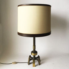 Unknown designer – brass modernist lamp with spider base and shade