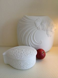 M. Frey for Kaiser - Large vase and jewellery box made from biscuit porcelain
