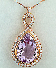 Amethyst-brilliant pendant totalling 12.55 ct of which brilliants 0.95 ct in 750 red gold *no reserve price!*