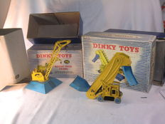 Dinky (Super) Toys - Scale 1/38 - Goods Yard Crane No.752 and Elevator Loader No.564