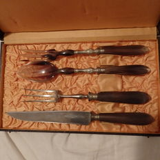 Tilquin salad -and flesh cutter set from horn and metal in box