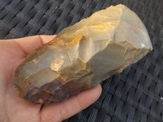 Neolithic axe in agate - 120 mm