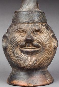 Pre-Columbian pottery - Lambayeque culture of Peru - portrait vase of a man with cleft lip - 21 cm