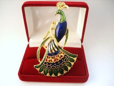 Vintage 1980s – Canada - Large heavily Gold plated Enameled Peacock Brooch - Excellent