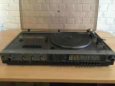 Philips radio / turntable / tape player with belt drive and automatic stop