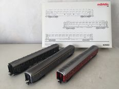 "Märklin H0 - 42942 - 3-part set carriages ""Riviera Express"" of FS and DB"