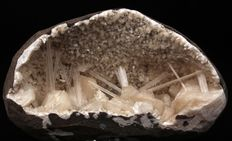 Amazing Scolecite With Stilbite in Geode - 13 x 8 cm - 678 gms