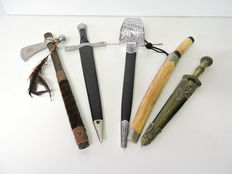 Collection of 5 decorative daggers