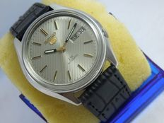 Seiko 5 dx - Automatic Men's Wristwatch - 1980s