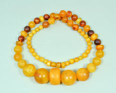Art Deco! Baltic amber necklace. Collectible & jewelry in butterscotch – honey color