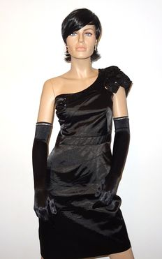 Karen Millen - One of the most beautiful dresses by Karen with free gala gloves, no minimum price