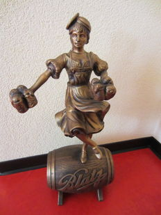 "Blatz Beer ""VALERIE"" Statue (Display)"