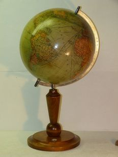 "COLUMBUS ""War""-Globe with wooden stand in Art Deco style, height 60cm"