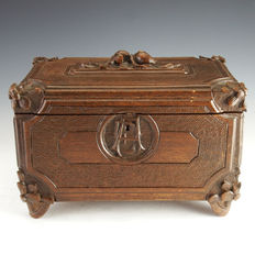 Hand carved wood jewellery box - 19th century
