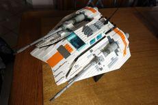 Star Wars - 10129 - Rebel Snowspeeder - UCS