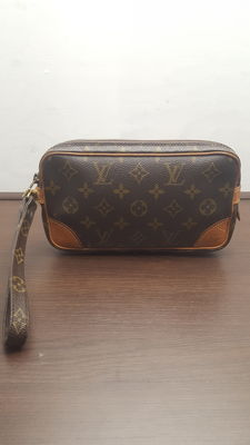 Louis Vuitton - Marly - Clutch