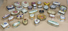 Lot of 32 hand-painted porcelain pillboxes of various workmanship and material