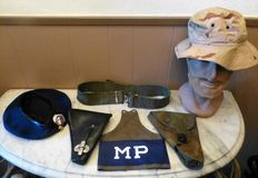 Lot with items of the Koninklijke Marechaussee (military police)