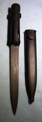 Bayonet for Fal, Late version NL/B, original with sheath, in very good to mint condition - 20th century