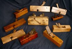 10 wooden planes, France