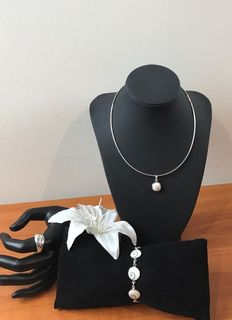 Silver set with howlite stone, 925