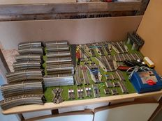Märklin H0 - 175-piece extensive collection of M-tracks, including a.o.  steam locomotive with carriages of the DB