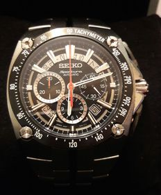 Seiko Sportura SRQ Chronograph – men's watch