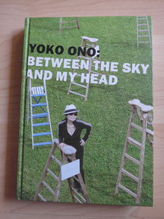 Yoko Ono - Autogram Exibition Book  Between The Sky And My Head