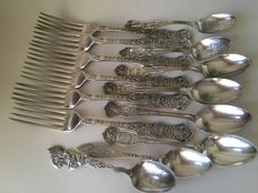AMERICAN silverplated Forks & Teaspoons , Wallace & Interstate Silver Co. ages unknown