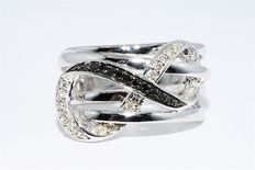 Black and White Diamond Infinity Cocktail Ring 0.24 ct