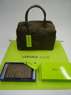 Lot of two Versace items, hand/shoulder bag and wallet