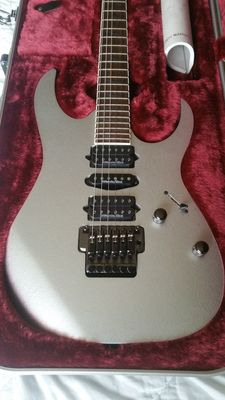 Ibanez RG2570E- VSL ( Vital Silver) 2007  AS NEW, never played upon!