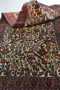 Wonderful Persian rug Bachtiar 192 x 78 cm.  Middle of the 20th century